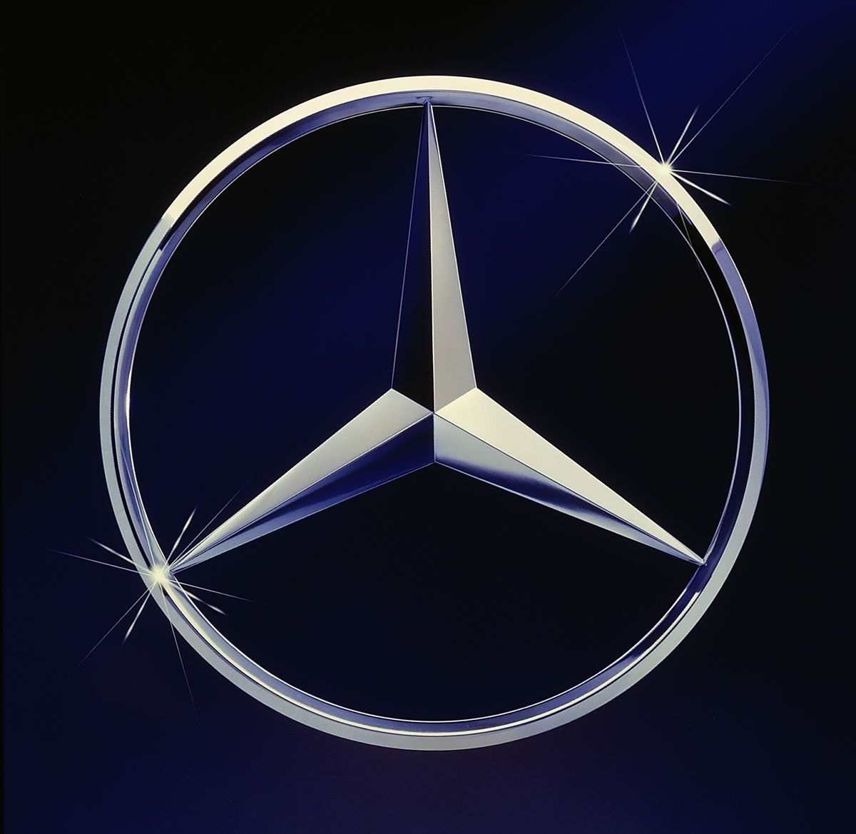 The True Story Behind The Mercedes Benz Three Pointed Star With