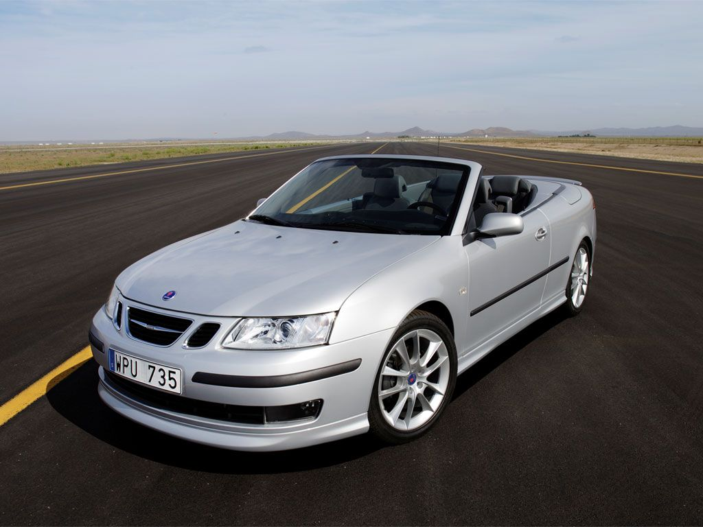 A Silver Convertible 9 3 20 Sport Sedan Anas New Car After Her Audi Was Destroyed With Paint By Leila