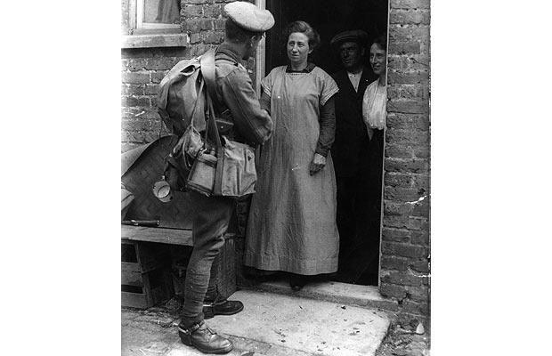 A Woman In Love And War: Vera Brittain