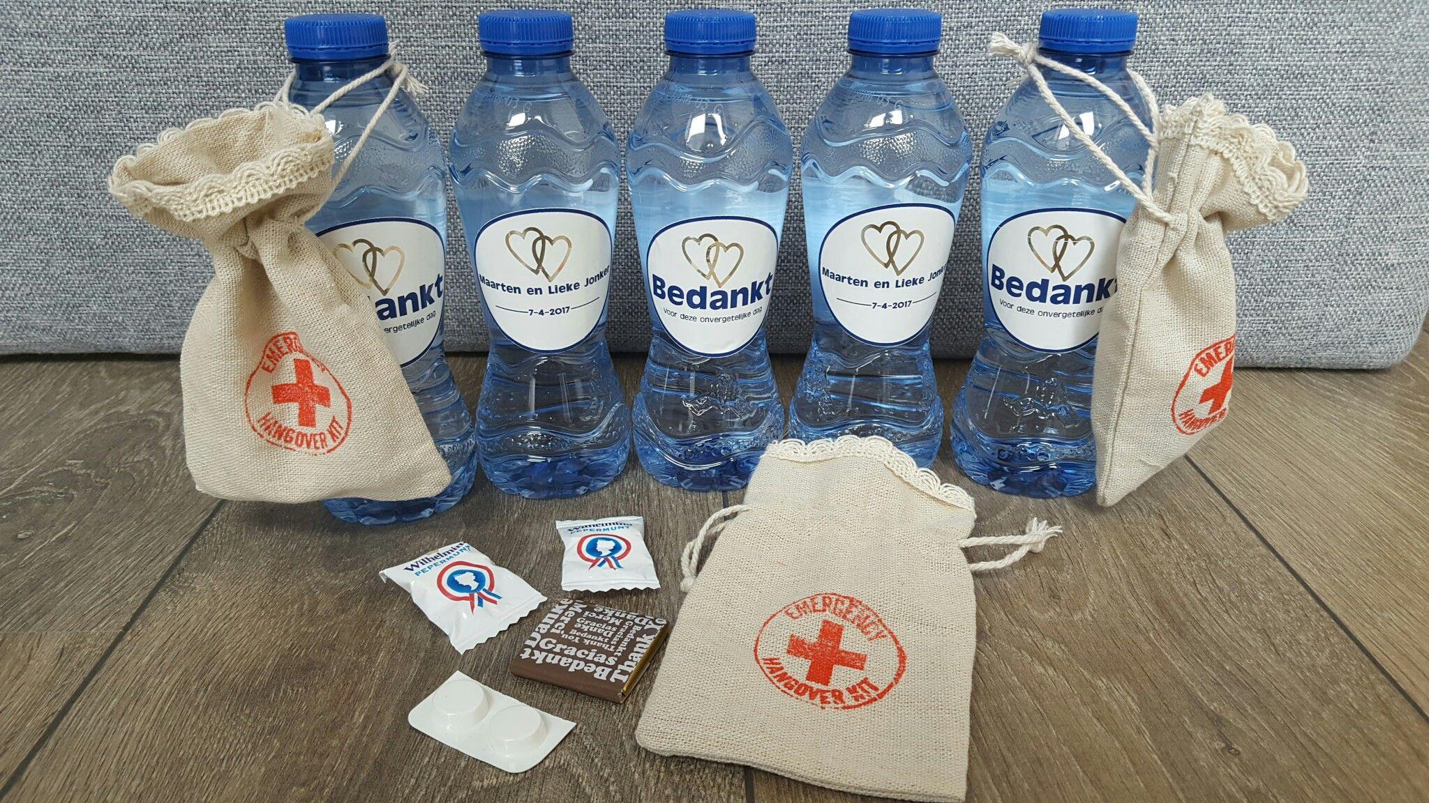 Bedankjes Bruiloft Katerwater Met Hangoverkit Water