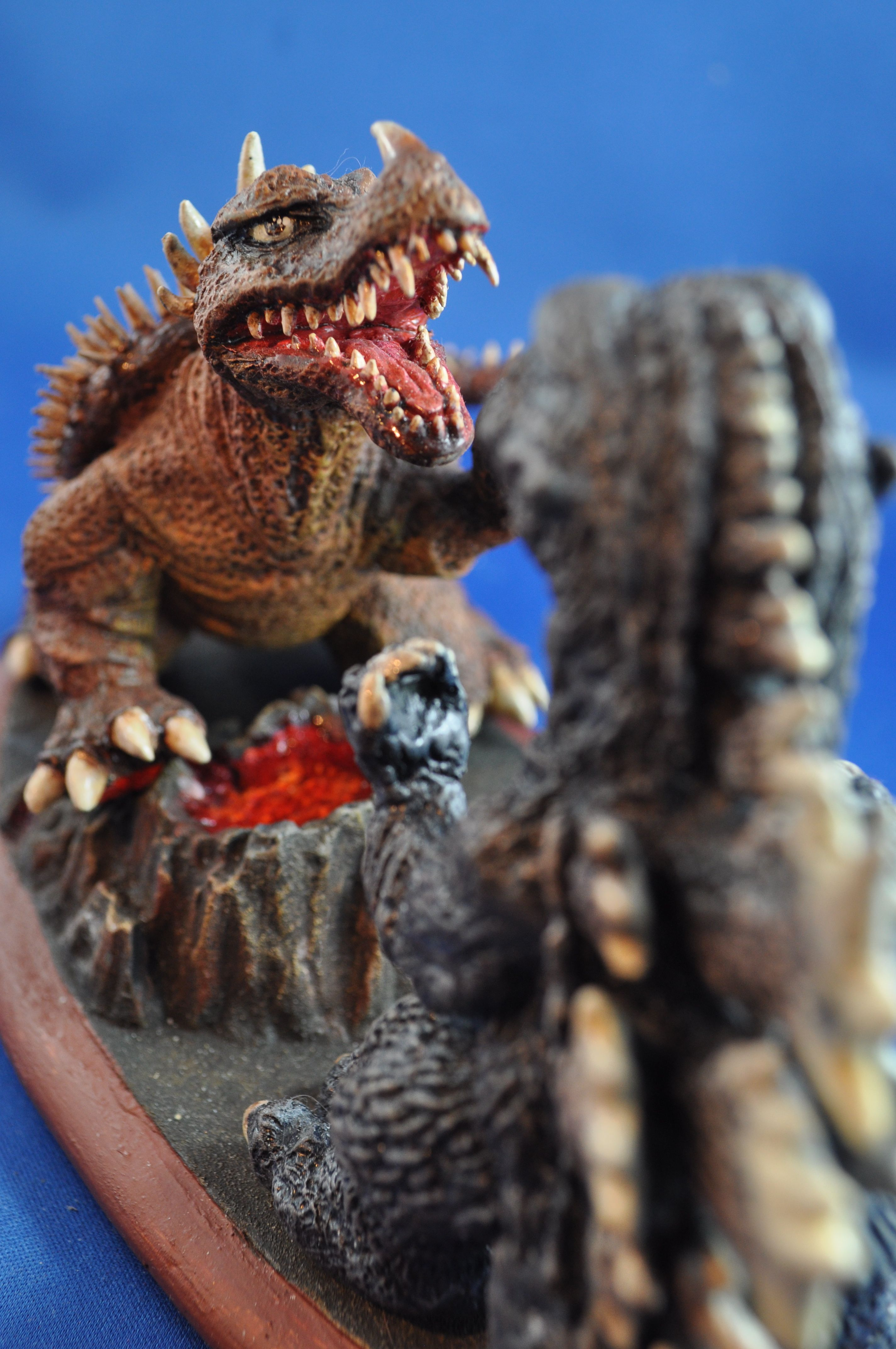 Anguirus lurches over the volcano for the kill.  It's fun to design dioramas for these SD kits.