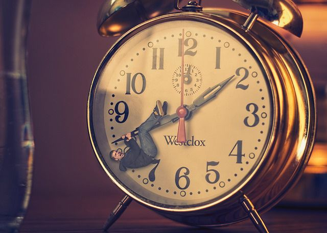 3 Ways Small Business Owners Can Limit Distractions on the Clock