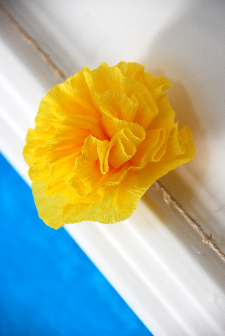 Mexican crepe paper flowers cinco de mayo crafts decorating projects mexican crepe paper flowers cinco de mayo crafts decorating projects mightylinksfo