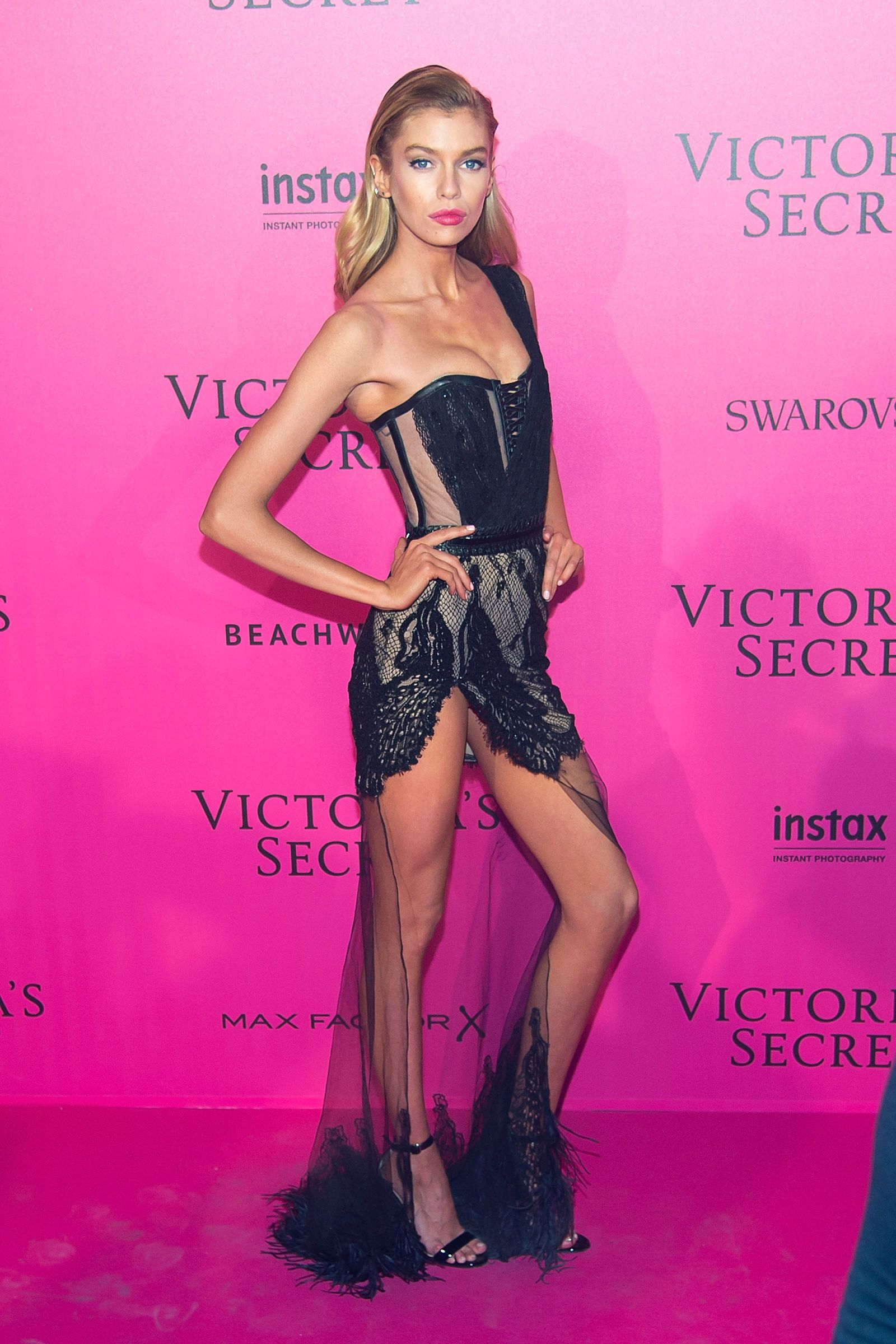 6eef07b5c35 Stella Maxwell - 2016 Victoria s Secret Fashion Show After-party -  HarpersBAZAAR.com