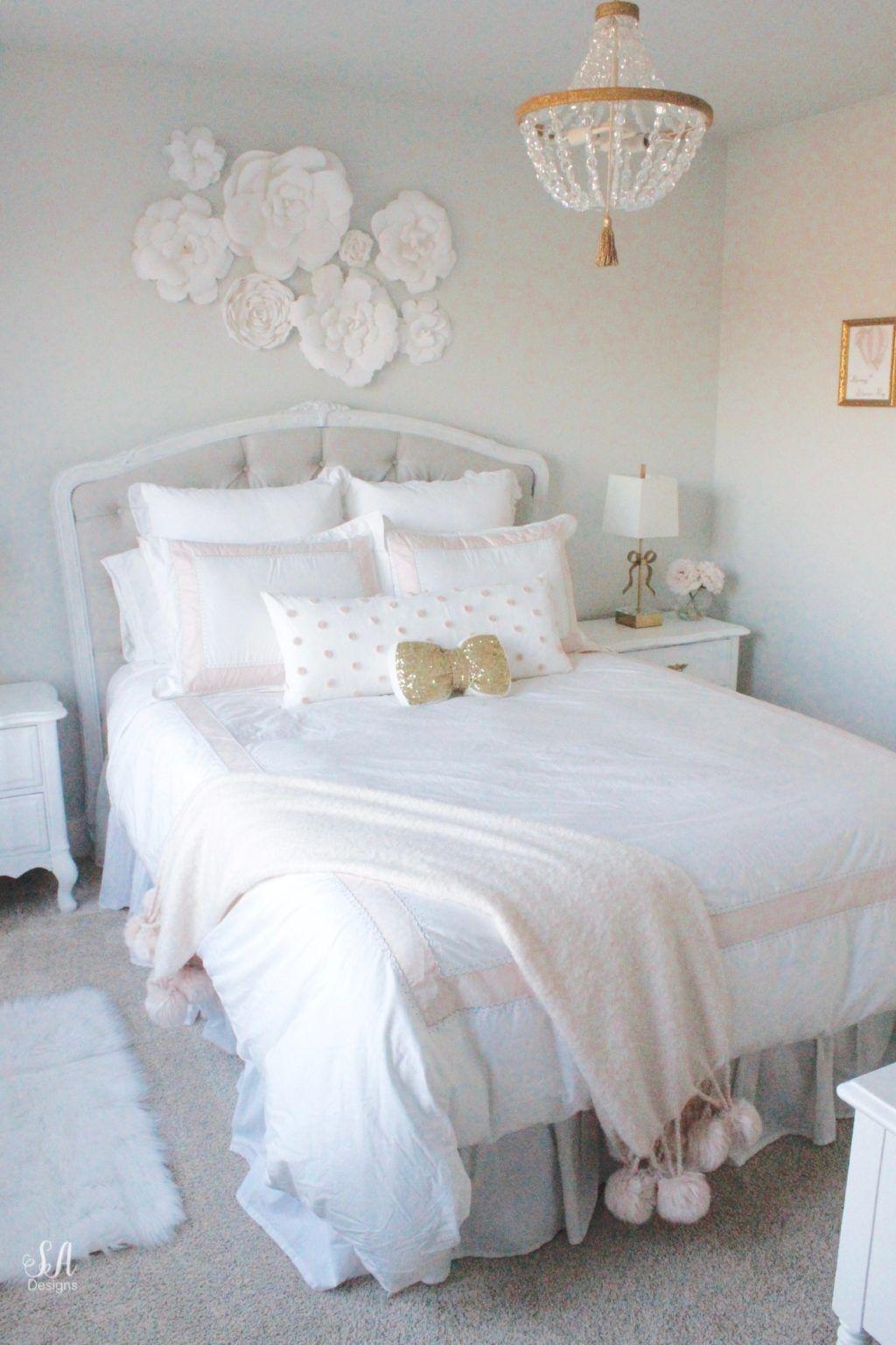 Tween Girl S Bedroom In Blush Gold Grey In 2020 Tween Girl Bedroom Pink Bedroom Decor Grey And Gold Bedroom