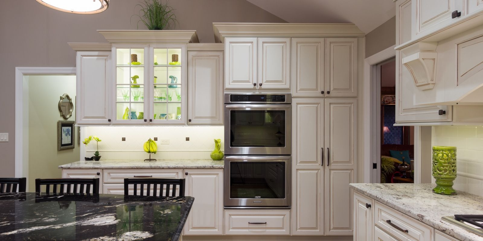 Sophisticated traditional cabinetry paired with top-of-the-line modern kitchen appliances.