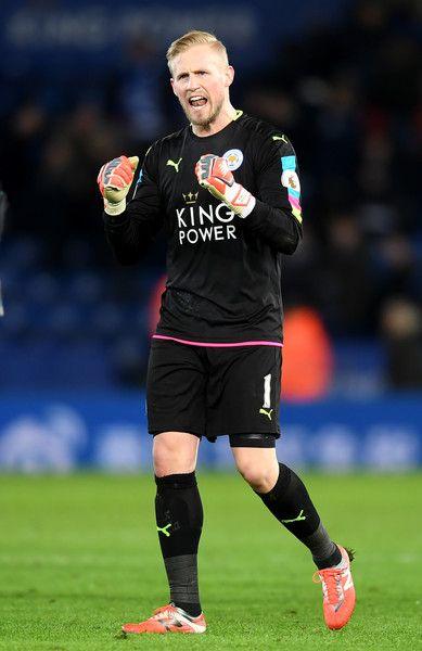Kasper Schmeichel Photos Photos Leicester City V Liverpool Premier League Liverpool Premier League Leicester City Kasper Schmeichel