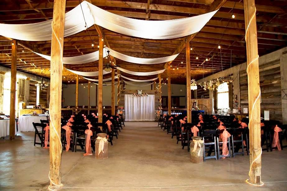 A New Event Wedding Venue In Layton Utah The Gala Hideaway Specializes Weddings And Receptions Rustic Atmosphere With Large Barn