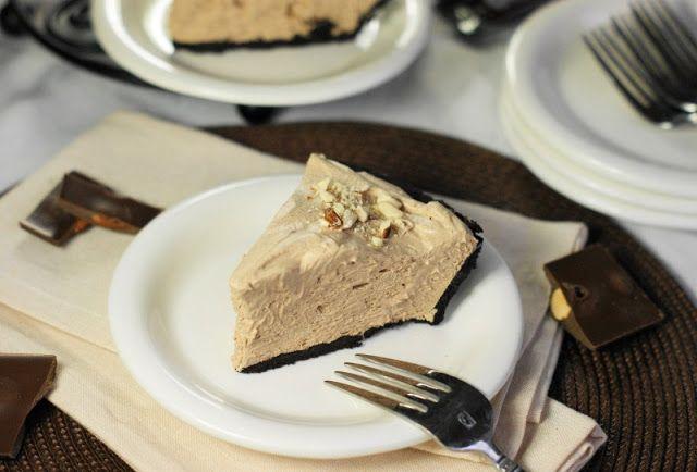 The Kitchen is My Playground: No-Bake Hershey's Chocolate Bar Pie