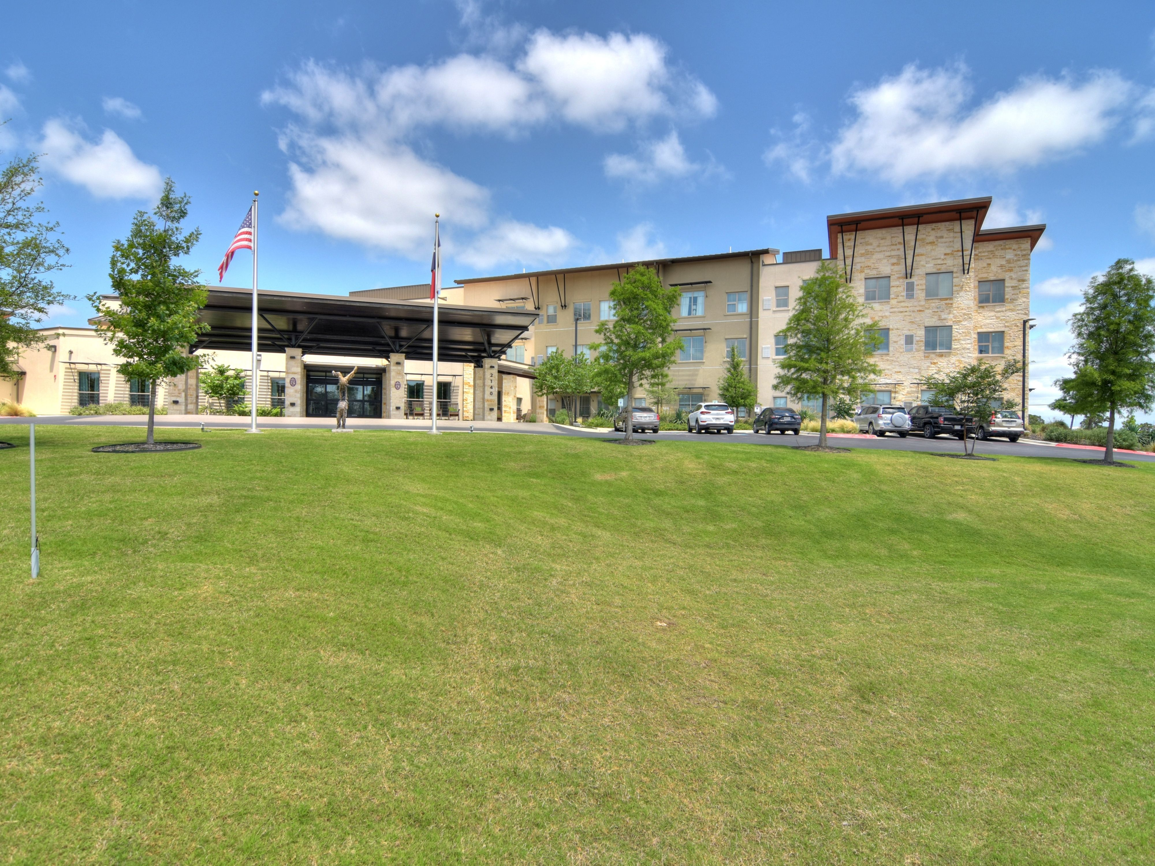 Our Elan Westpointe Assisted Living And Memory Care Community Is Designed To Promote Active Engagem Beautiful Apartments Assisted Living Resort Style
