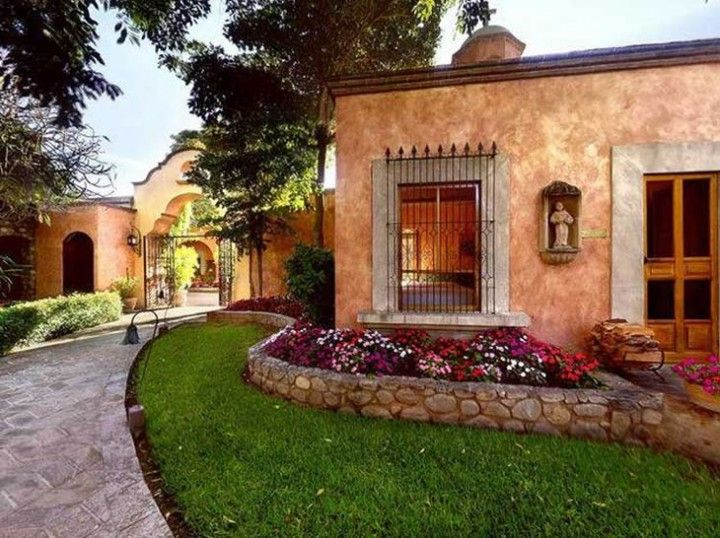 Recorrido por las haciendas mexicanas 06 fachadas for Fachadas de casas mexicanas rusticas