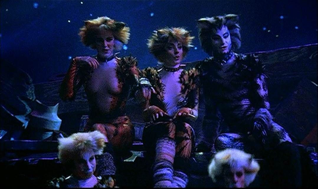 Bombalurina Demeter And Munkustrap Cats 1998 Jellicle Cats Cats Musical Cats That Dont Shed