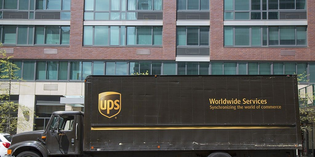 Ups To Double Down On Weekend Deliveries Double Down Amazon Delivery United Parcel Service