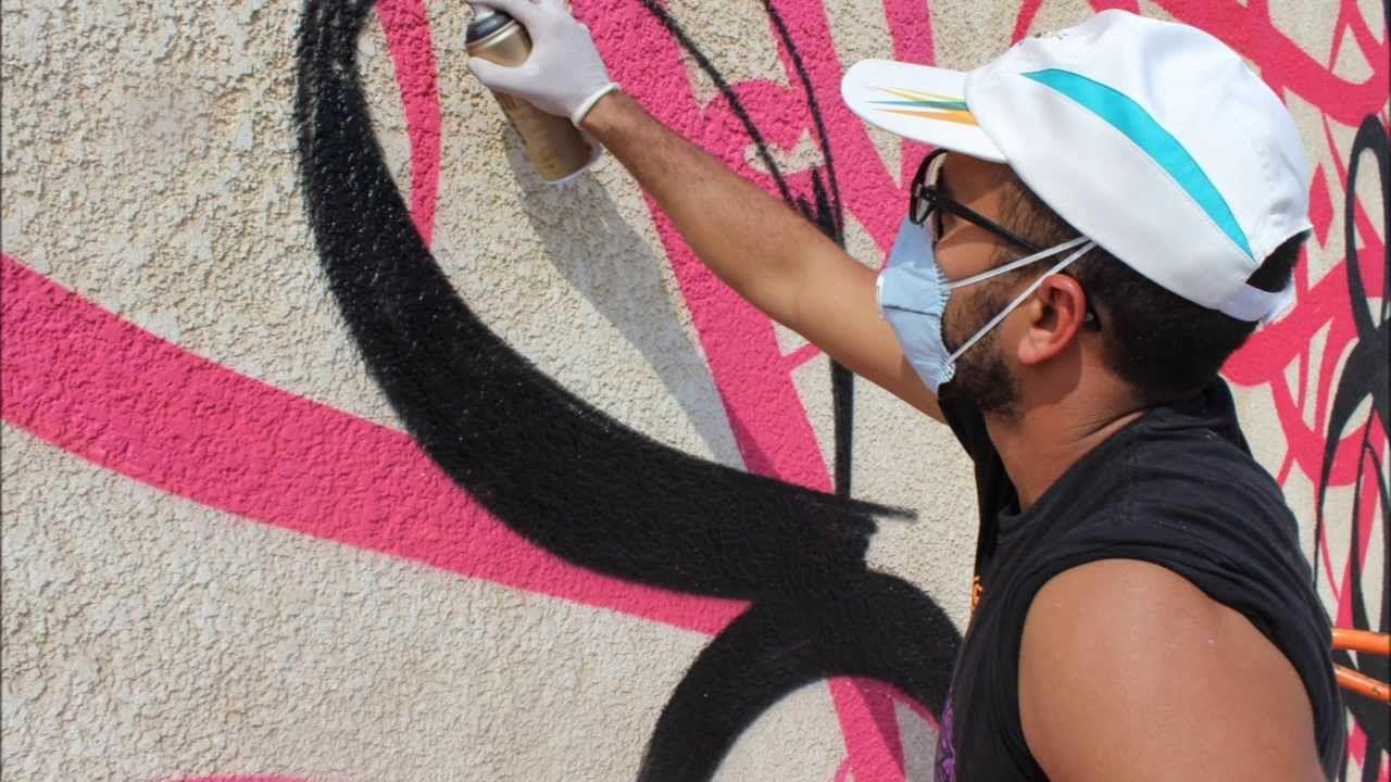 eL Seed in Jeddah (Part 2) #Graffiti #JeddahArtWeek