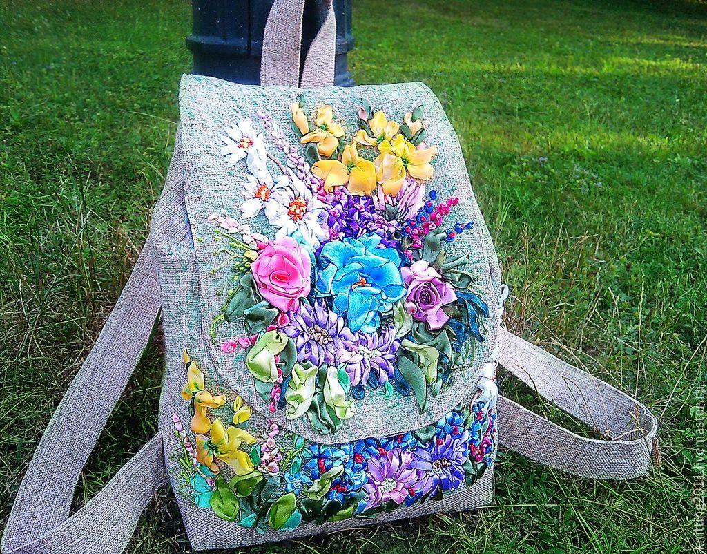 Рюкзак с вышивкой из лент