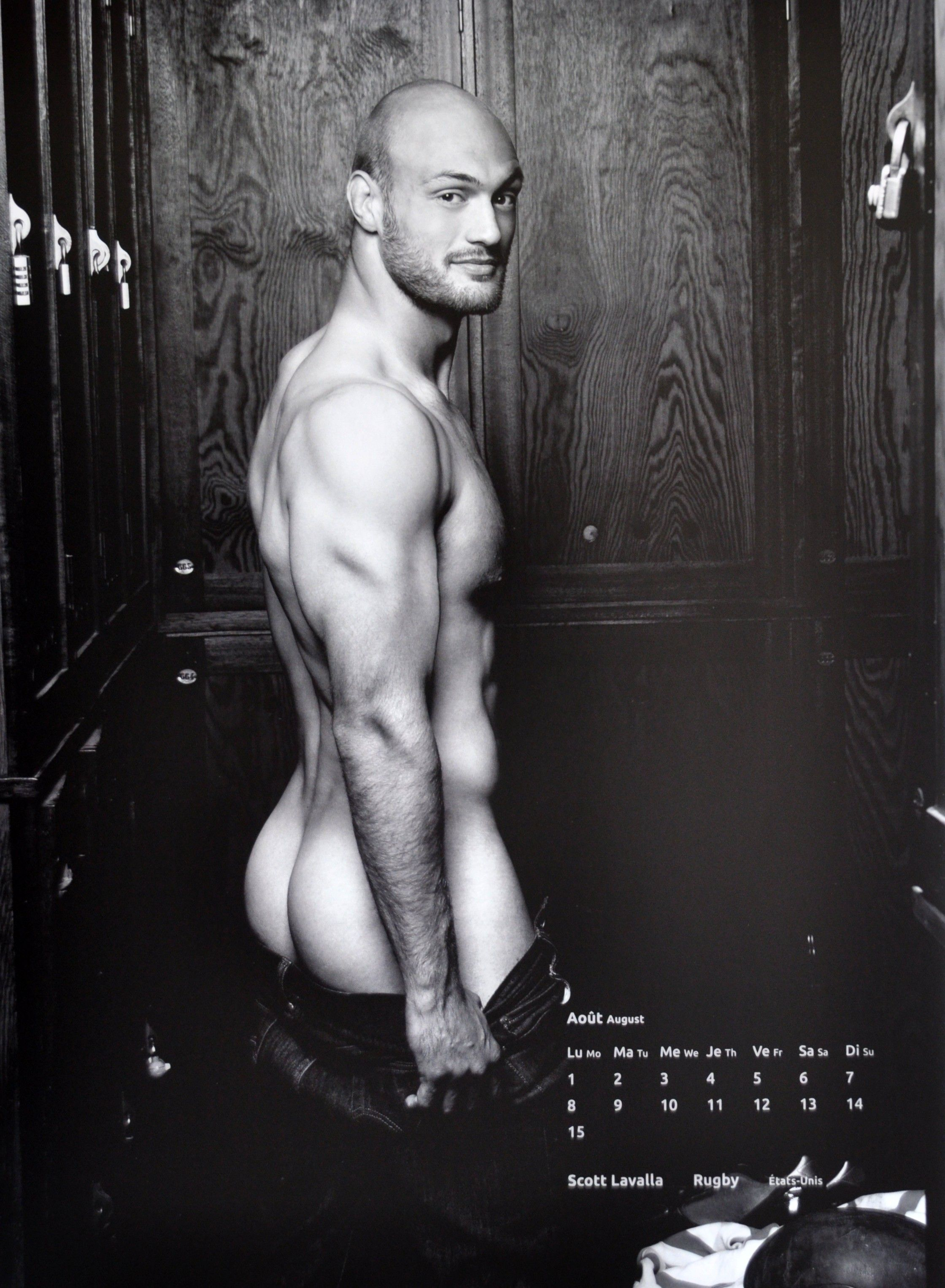 dieux du stade 2016 calendar scott lavalla just love to show off