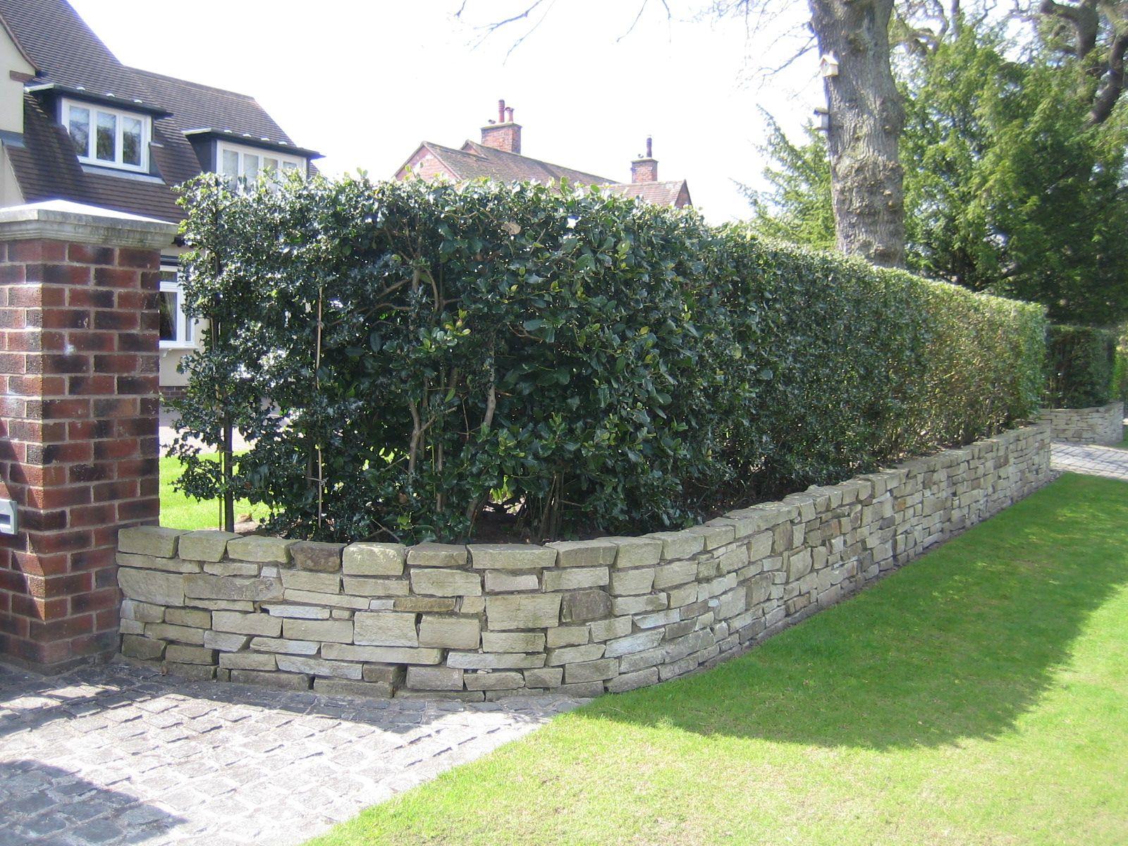 Small Front Garden Boundary Ideas