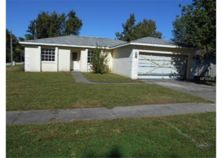 5136 Postell Drive Holiday Fl 34690 Pinned From Www Coldwellbanker Com Real Estate Real Estate Listings Outdoor Decor