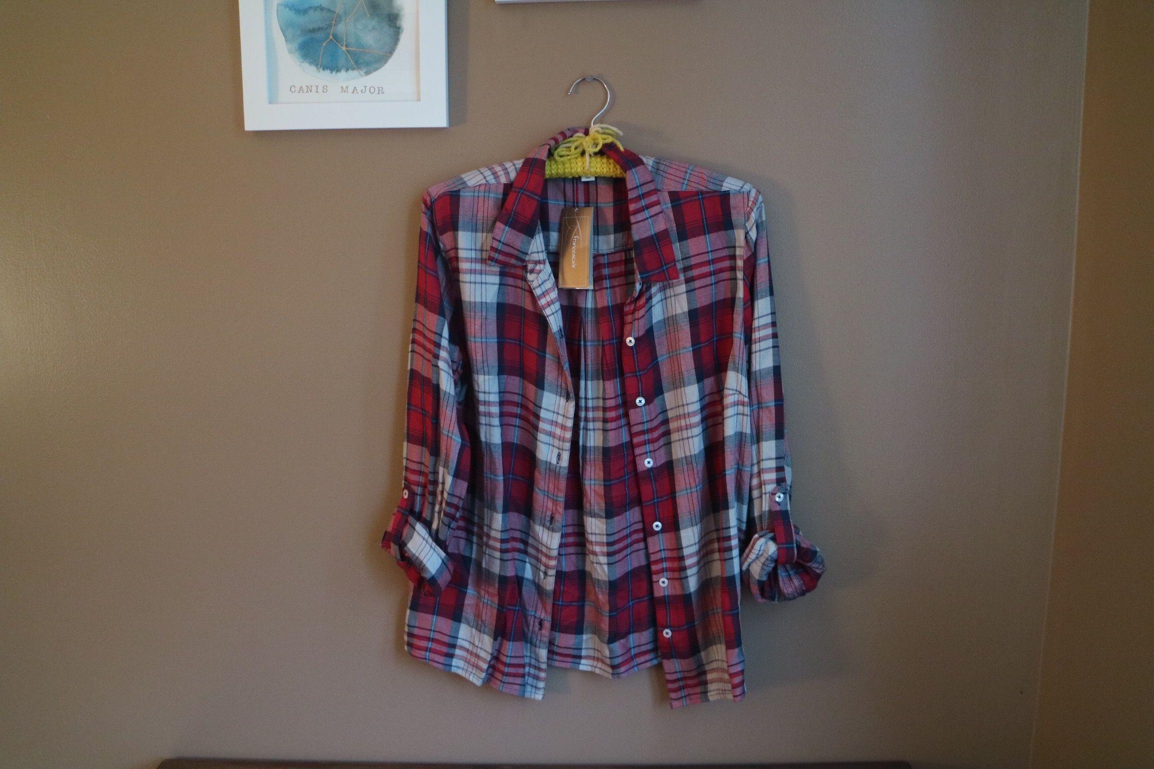 NWT Francesca's shirt, Large