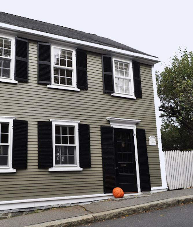 Benjamin Moore Hampshire Gray Exterior Paint House