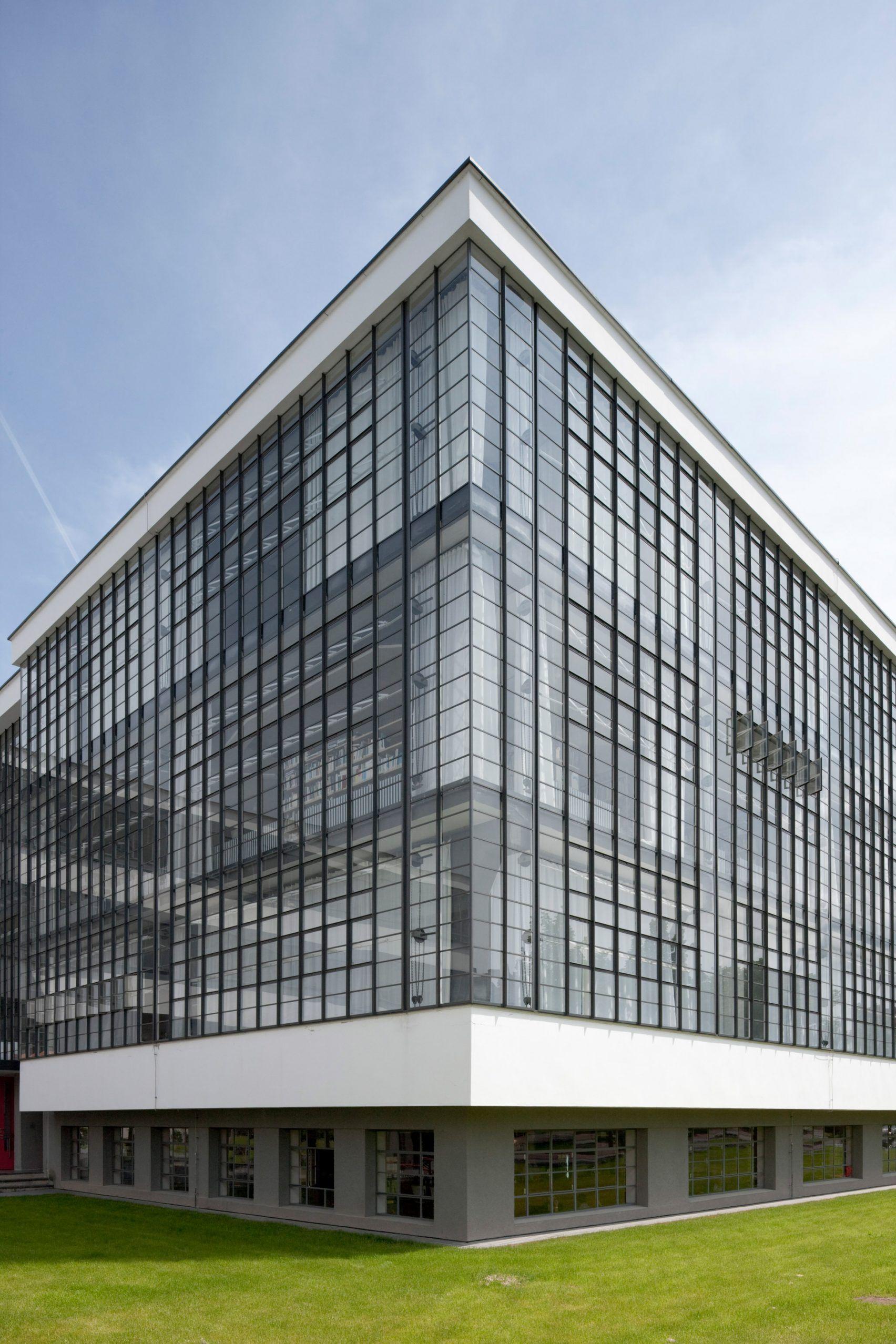 Bauhaus School Dessau By Walter Gropius With Images Bauhaus