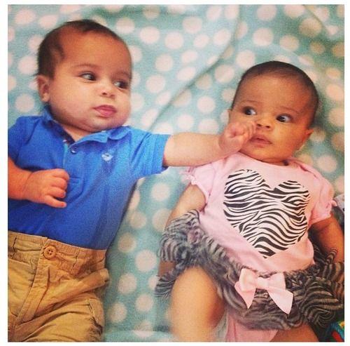 Biracial twin babies mixed twin babies tumblr mixed babies mixed twins biracial twins