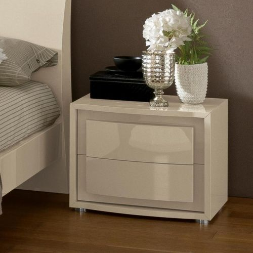 Valdina Italian Collection Bedroom Dresser Sets Furniture Bedroom Night Stands