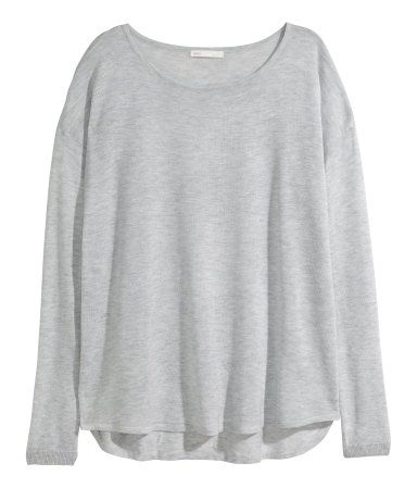 99b5af57c21b70 Fine-knit, loose-fit sweater with dropped shoulders and long sleeves. Wide