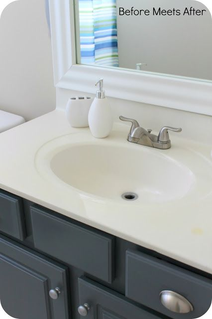 Bathroom Vanity Makeover With Annie Sloan Chalk Painti