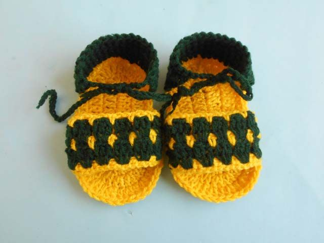 We provide Crosia hand made free pattern,Design.about all. Hat,Shoes ...