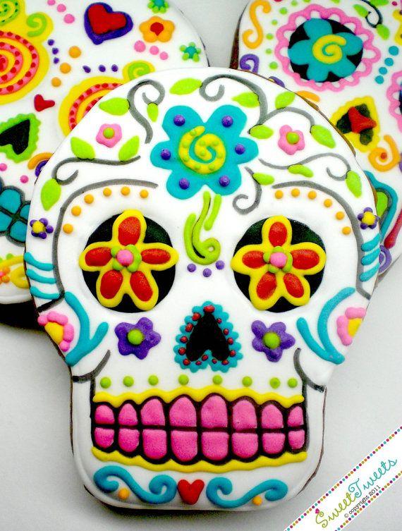 SweetTweets - Dia de los Muertos / Day of the Dead Skull cookies - 1 dozen.