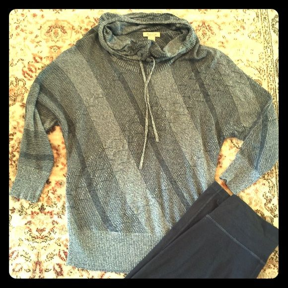 Peck&Peck cowl neck sweater Adorable black and white marled sweater from Peck & Peck, size small but runs larger with this style, in excellent brand new condition! Perfect go to top with yoga pants, jeans or even dress up with black pants for work! Drawstring adjustable cowl neck and three quarter sleeve making this sweater versatile depending on your look! As always no trades and negotiations thru offers only! Peck & Peck Sweaters