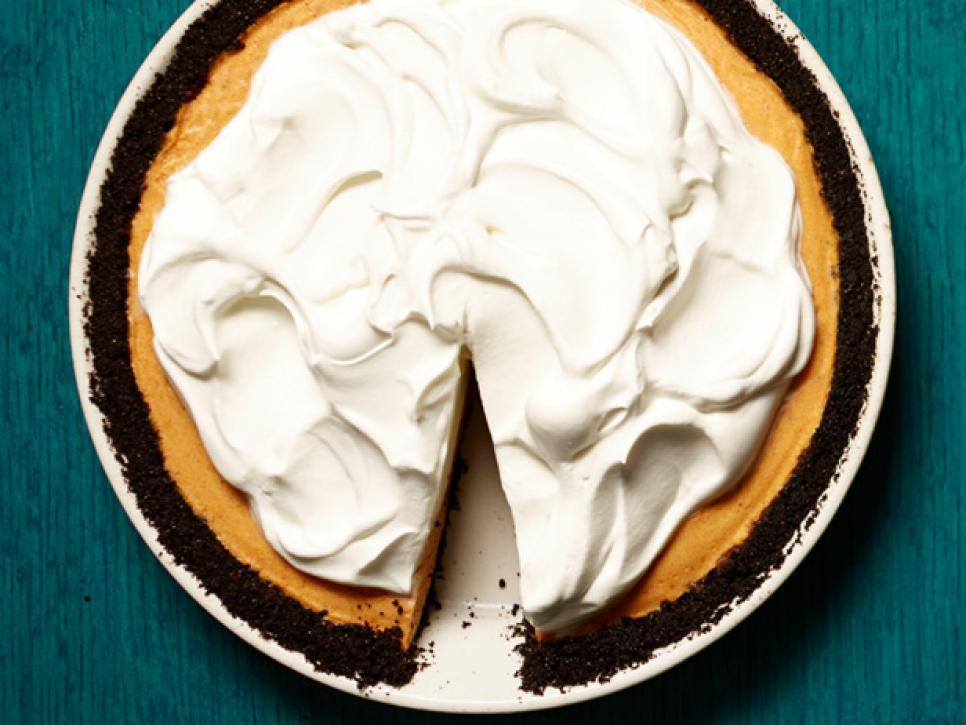 45 Best Thanksgiving Pumpkin Desserts Food Network In 2020 Thanksgiving Food Desserts Thanksgiving Desserts Pumpkin Dessert Recipes