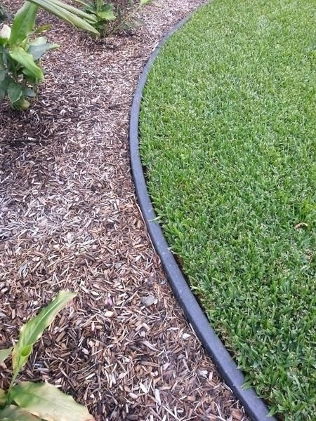 Recycled Plastic Garden Edging Adelaide 200Mm High Black 640 x 480
