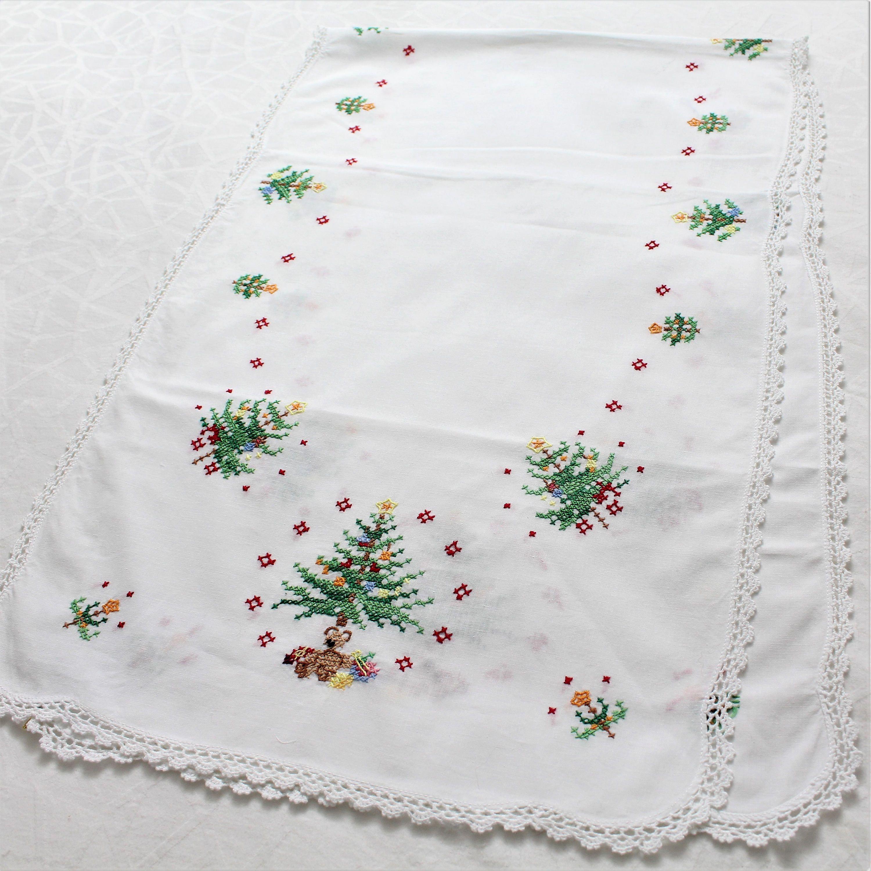 Vintage Christmas Christmas Table Runner Christmas Tree Embroidery Holiday Table Hand Embroidered Christmas Table Runner Christmas Table Vintage Christmas