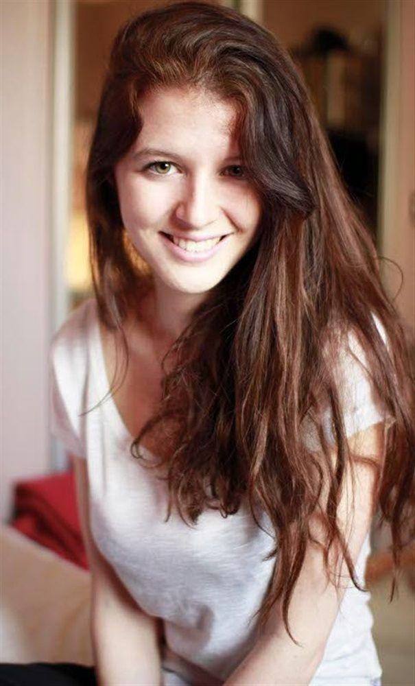 Caroline MARCOS- Fiche Artiste  - Artiste interprète - AgencesArtistiques.com : la plateforme des agences artistiques