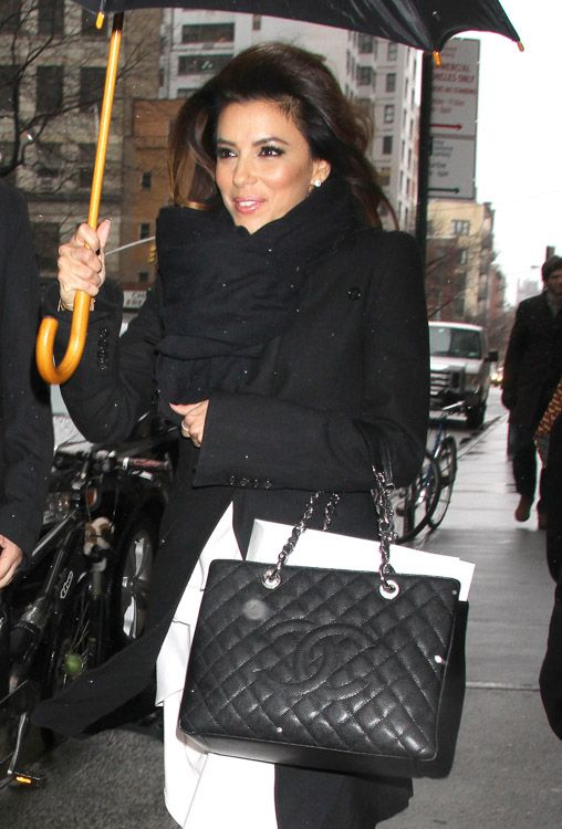 e8972faa0c99 Celebrities GST bag Shopper chanel eva longoria https   www.youtube.com