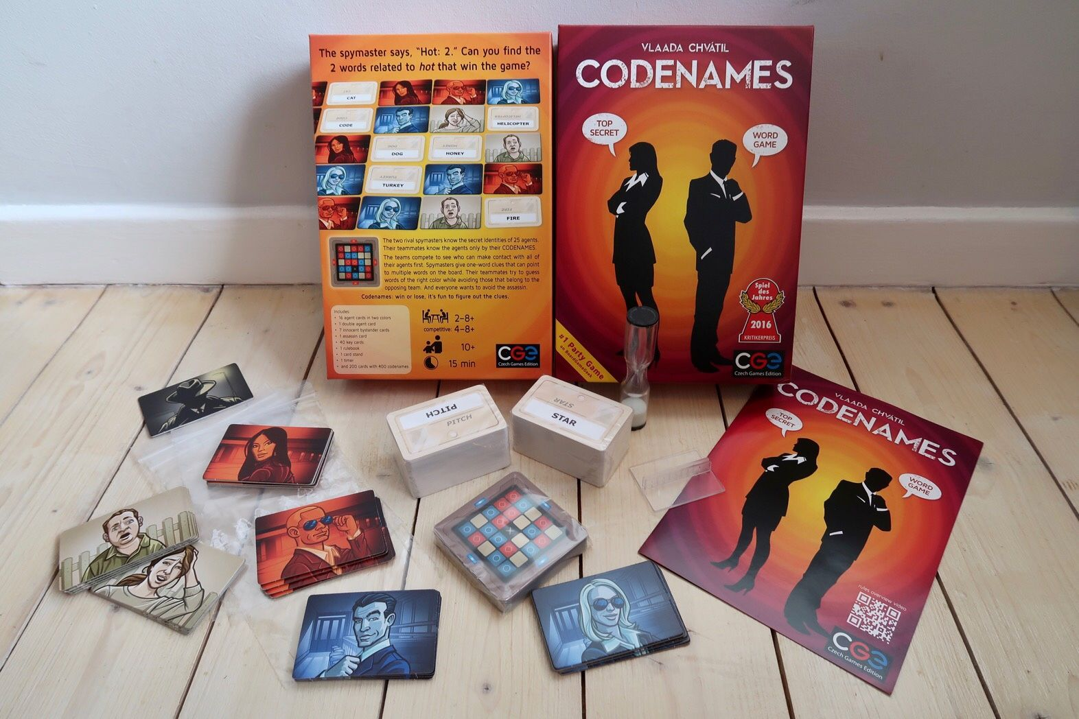Review Codenames Card Game (With images) Card games, Games
