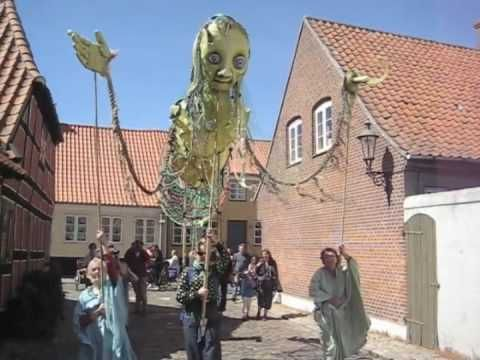 Ærø Giants   ThingumajigTheatre