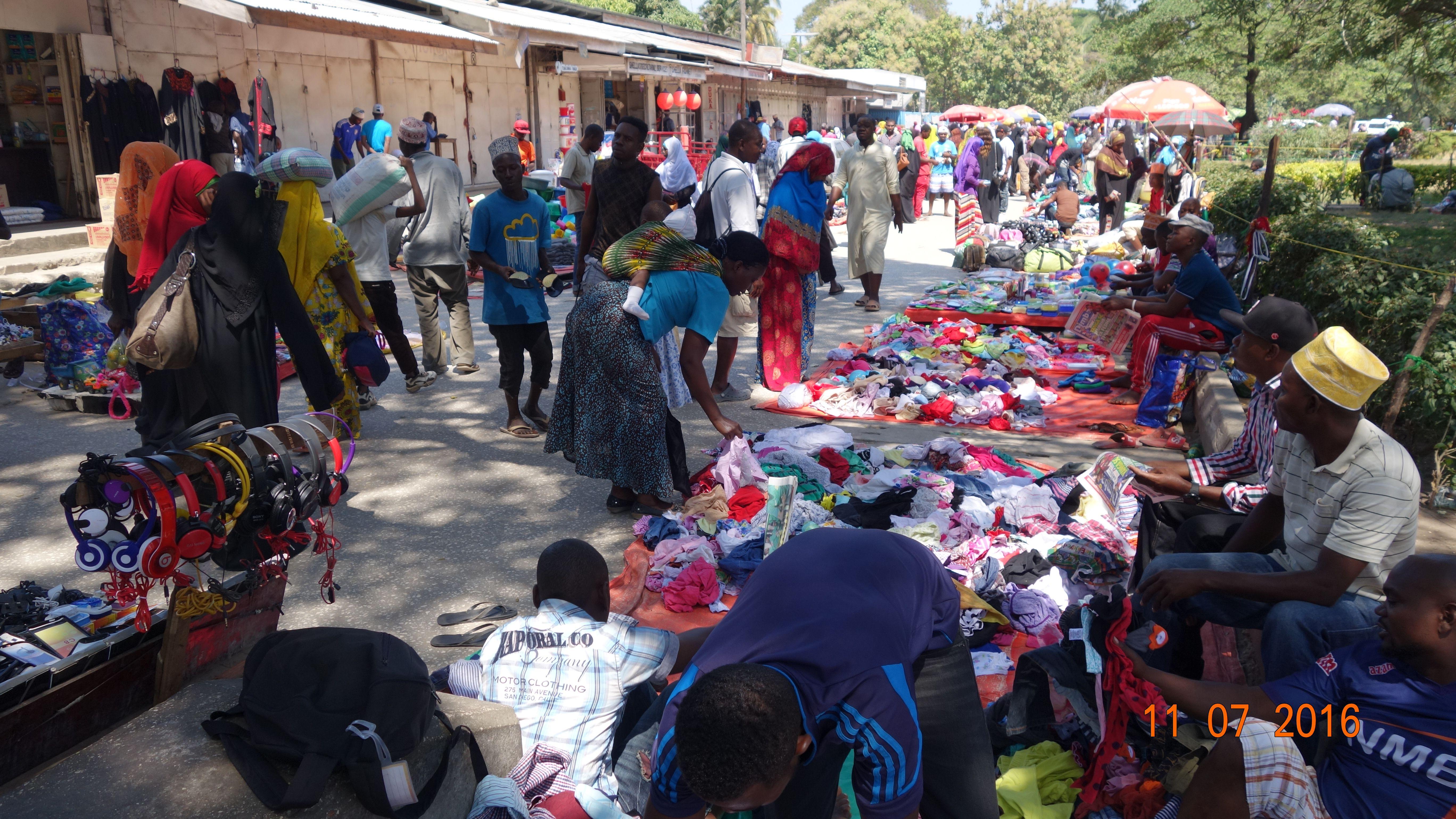 A Typical African Market Place African Market Stone Town Zanzibar
