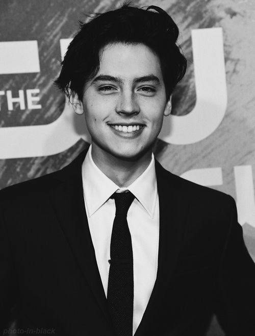 dylan sprouse | Tumblr shared by Mαrtα† on We Heart It