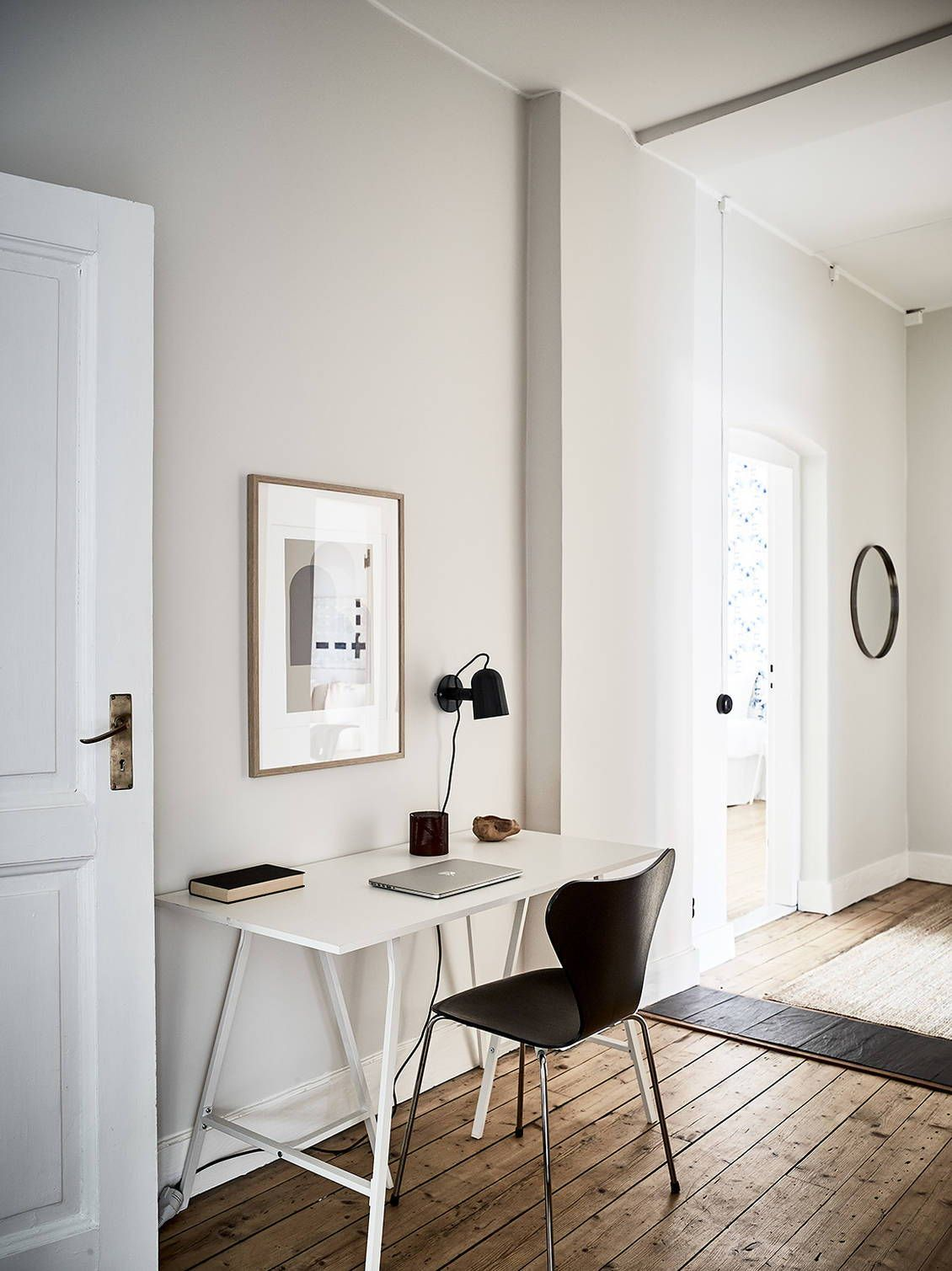 Kleines badezimmer design 5 'x 6' beige home with black accents  office  pinterest  home interior