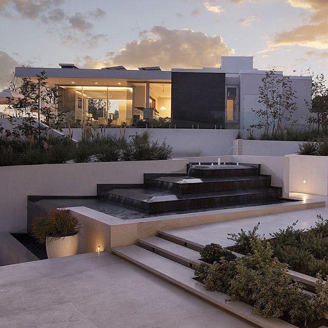 Beverly Hills House by McClean Design Location: #BeverlyHills #California #USA . Vía: @_archidesignhome_ Follow: @_archidesignhome_