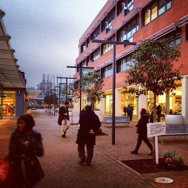 Diamo un\'occhiata ai saldi... #lepiazze #lifestyle #shopping ...
