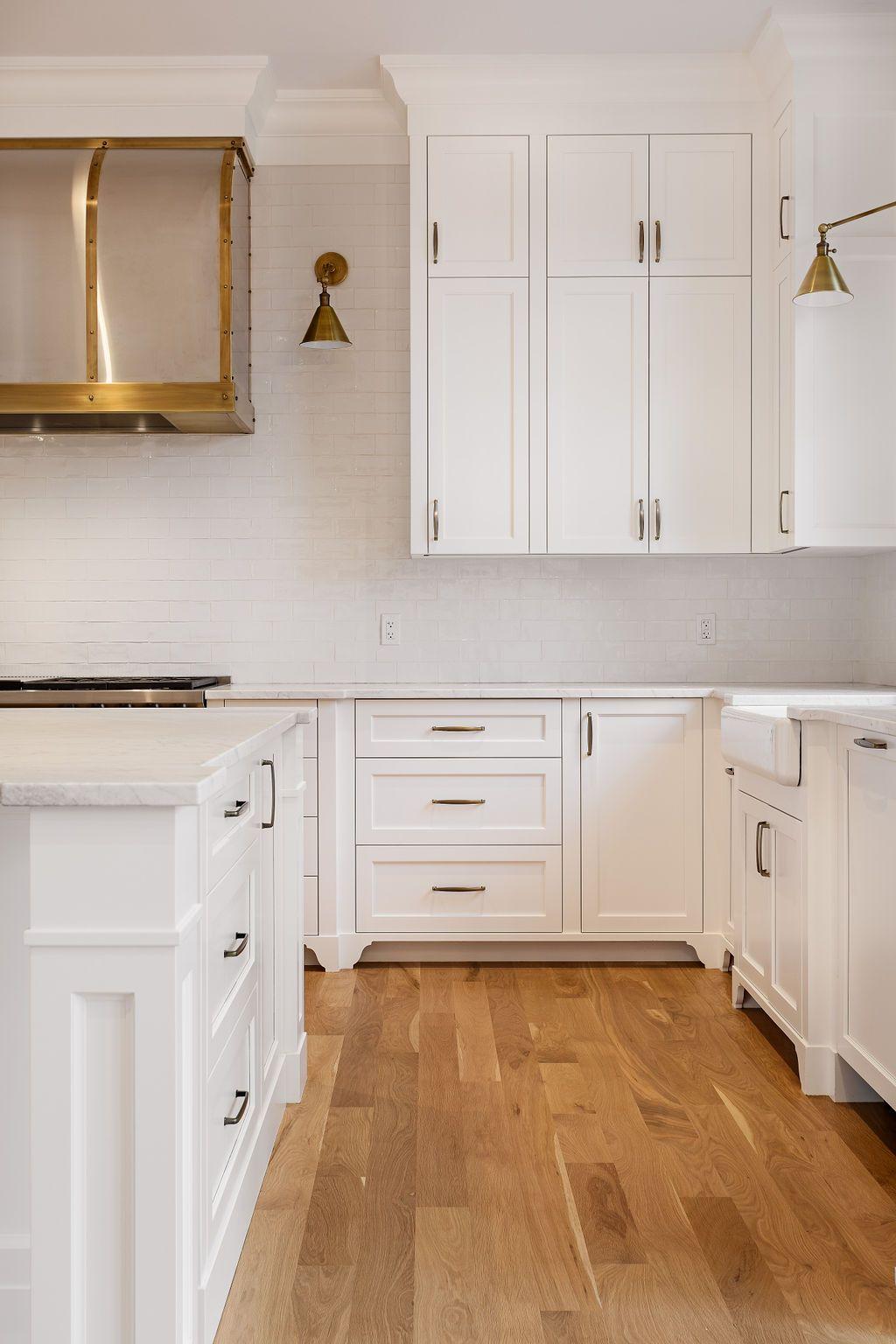 Custom Kitchen By Veranda Estate Homes Inc Calgary Alberta