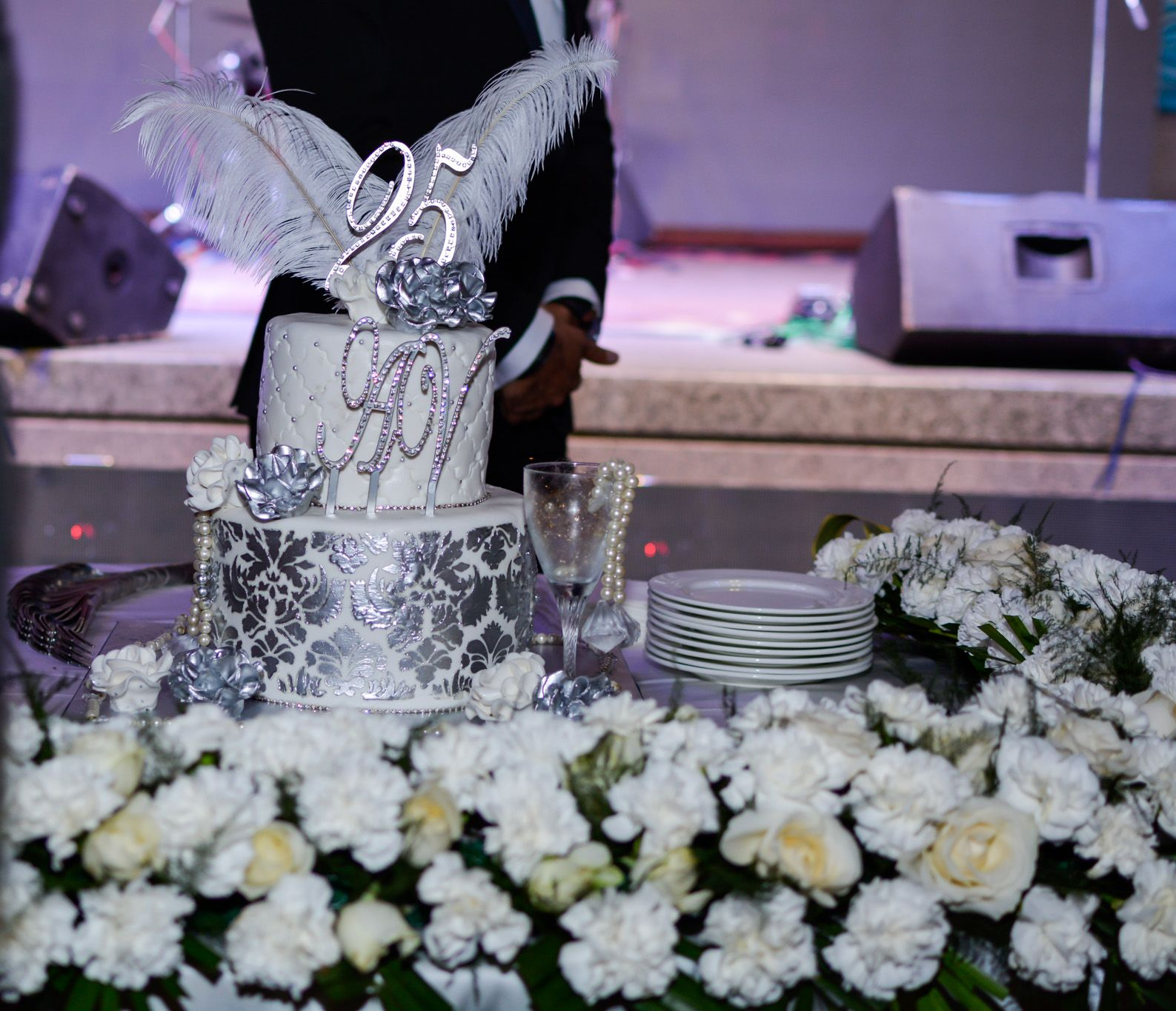 Anniversary Decoration Ideas Silver Jubilee Cake Table Decor