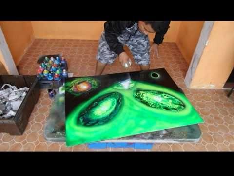 Aliens spray art - YouTube