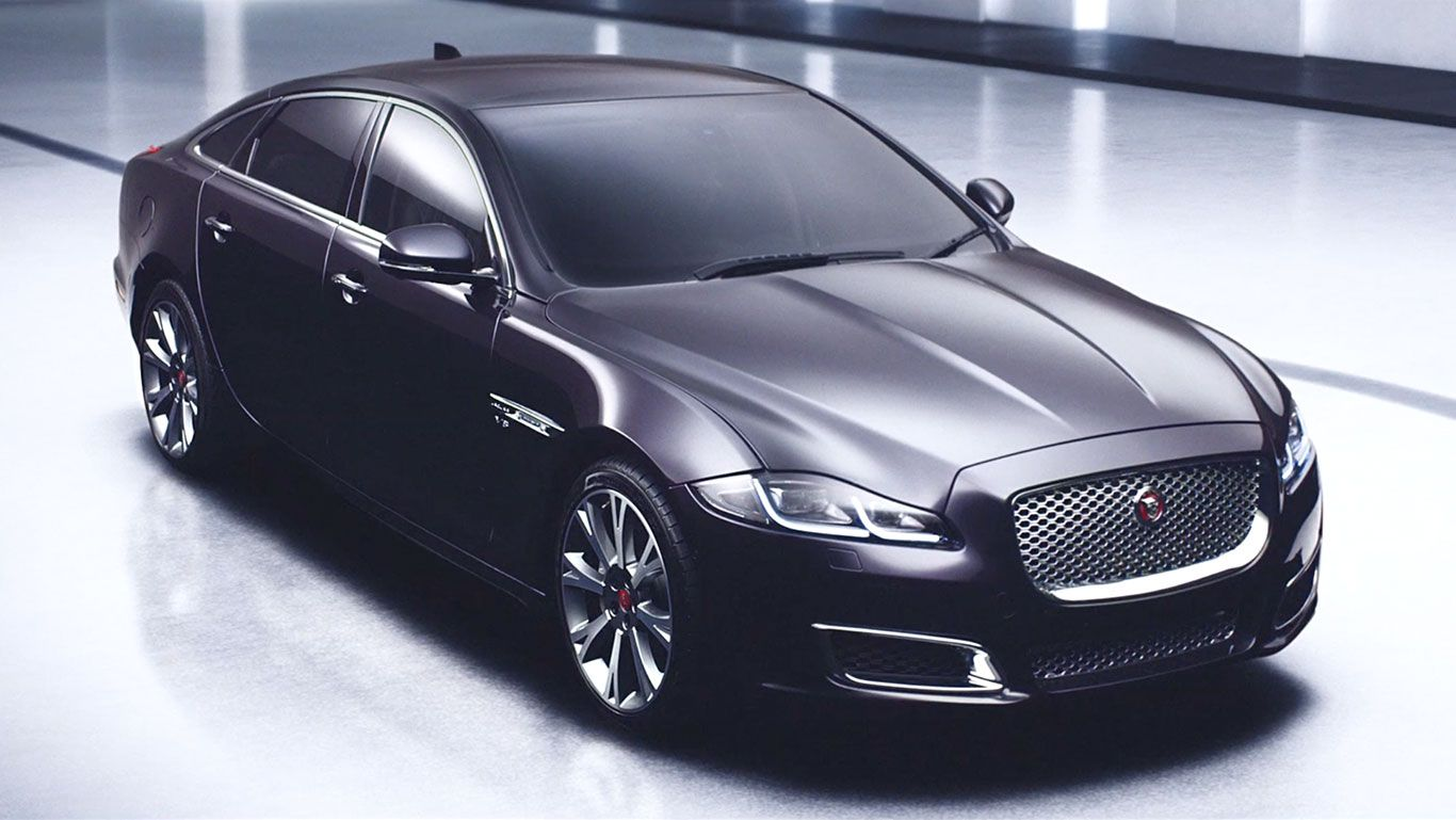 Jaguar XJ   Power And Beauty, The Luxury Car Redefined