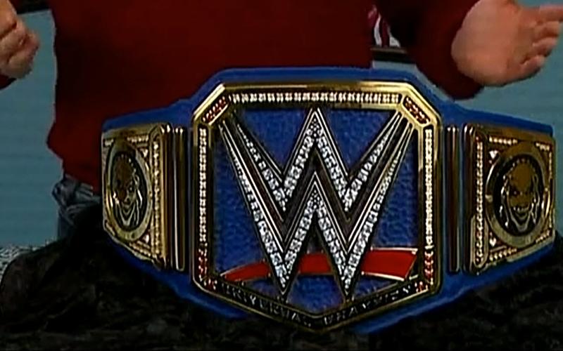 Bray Wyatt Reveals New Universal Title On Wwe Smackdown Bray Wyatt Wwe Belts Wwe