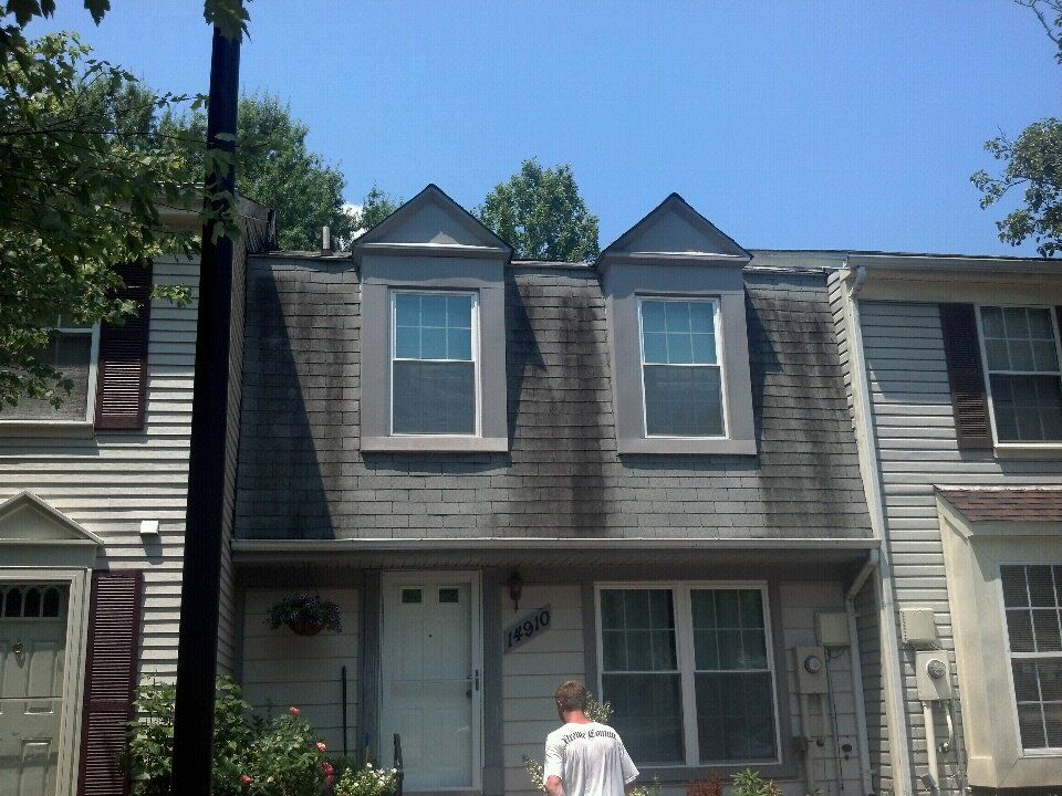 Roof Cleaning Pg County Maryland Before Roof Cleaning Roof Outdoor Decor